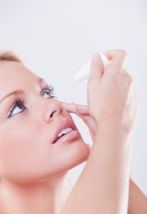 Soczewki alergia krople do oczu