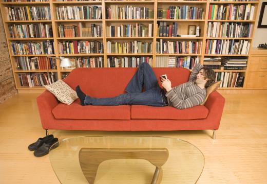 Niebezpieczeństwo wśród książek – domowa biblioteczka