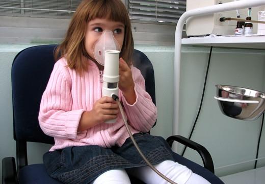 Ministerstwo Zdrowia zapowiada program dla chorych na ciężką astmę alergiczną