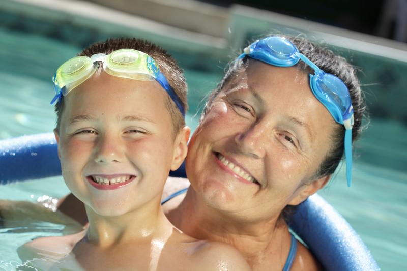 Maluch na pływalni a zagrożenie alergią