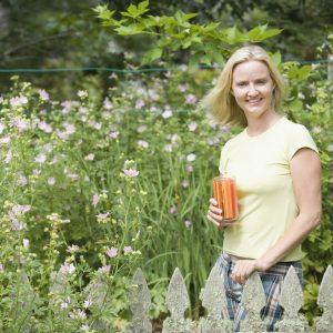 Jakie rośliny hodować w ogrodzie mając alergię?