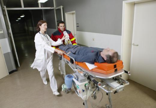 Niebezpieczne igranie z życiem w przypadku anafilaksji