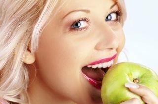 Nie obieraj jabłek ze skórki!