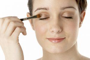 Makijaż źródłem udręki