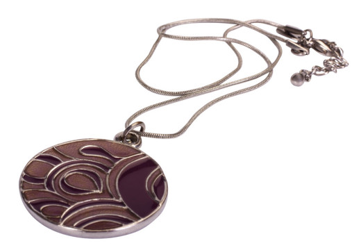 Biżuteria – alergia nie tylko na metale