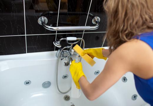 Czym zastąpić syntetyczne środki czystości?