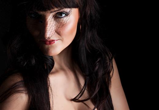 Alergia skórna – czy mogę wykonać makijaż?