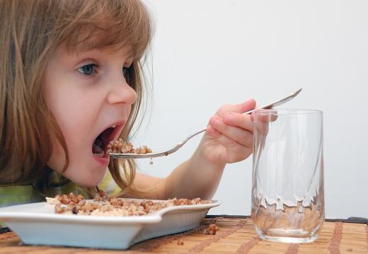 Kompleksowe postępowanie w alergii pokarmowej i atopowym zapaleniu skóry