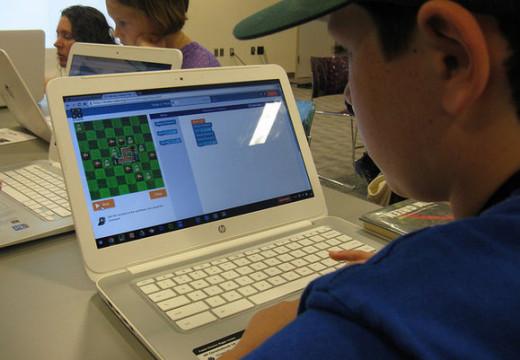 Czy gra komputerowa może mieć pozytywny wpływ na moje dziecko?