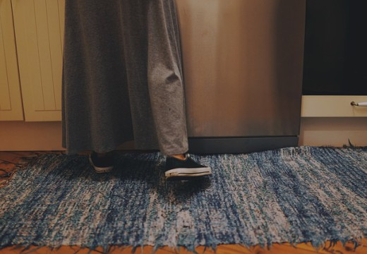 Czy alergik może mieć w domu dywan?