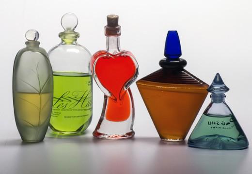 Alergia na perfumy – jakie są jej objawy?