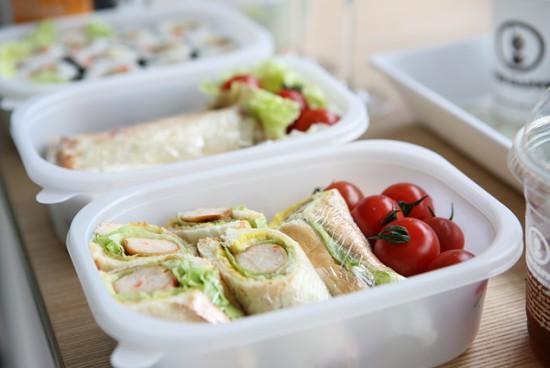 Jak skomponować lunch box dla dziecka?