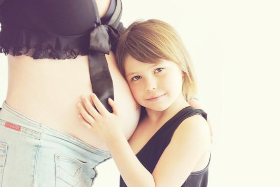 Późna ciąża – jakie niesie ze sobą zagrożenia?