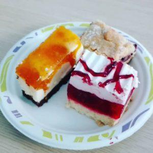 Na dobry pocztek weekendu polecamy kawaek ciasta najlepiej domowej robotyhellip