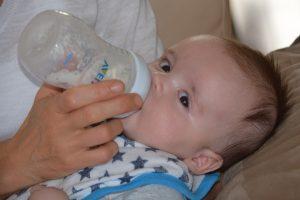alergia na mleko zastępcze