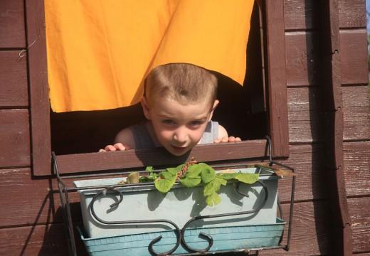 Wychowywanie dziecka w sterylnych warunkach