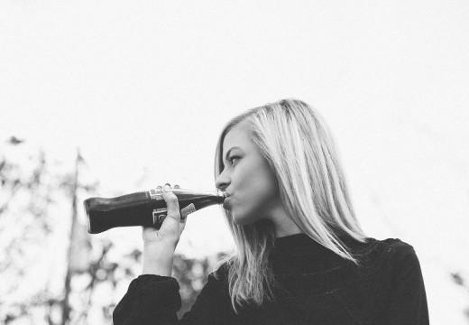 Uczulenie – dlaczego cola pogłębia alergię?