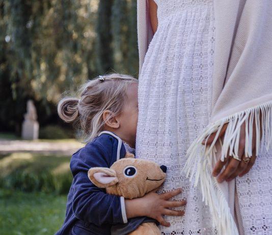 z dzieckiem na spotkanie
