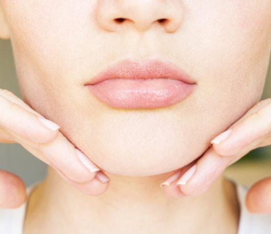 pielęgnacja ust latem