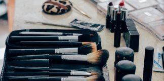 Składniki kosmetyków, które mogą powodować trądzik