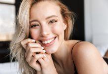Cera trądzikowa – jak ukryć niedoskonałości