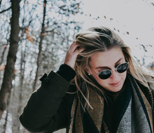 Nawyki, które niszczą twoje włosy