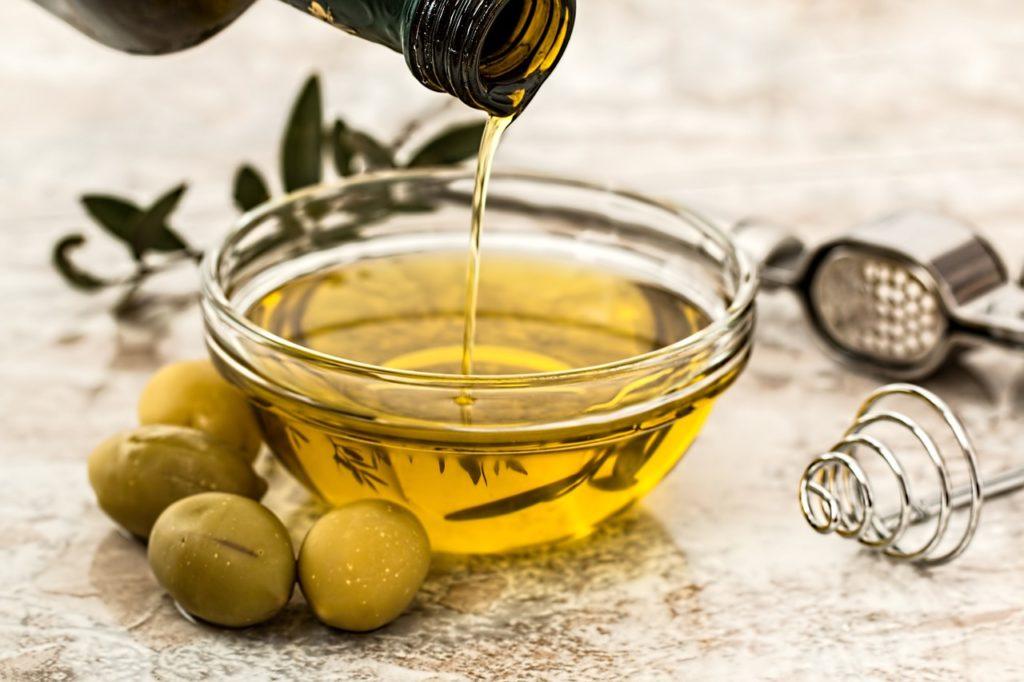 Kwasy omega-3 i omega-6, czyli nieocenione wsparcie dla skóry alergicznej