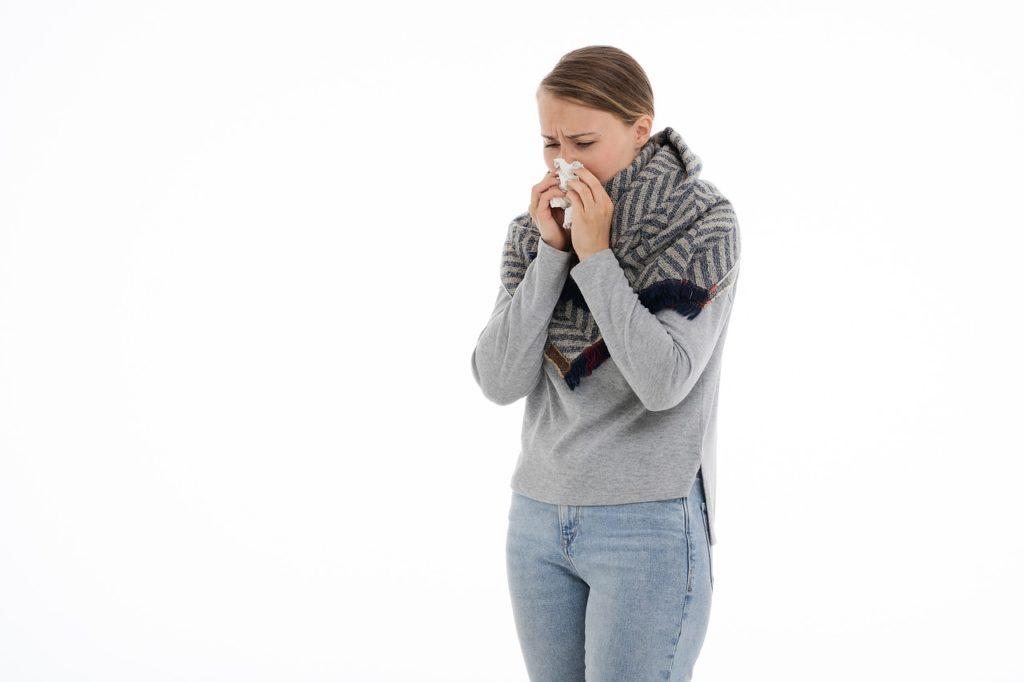 Jak walczyć z pierwszymi symptomami przeziębienia