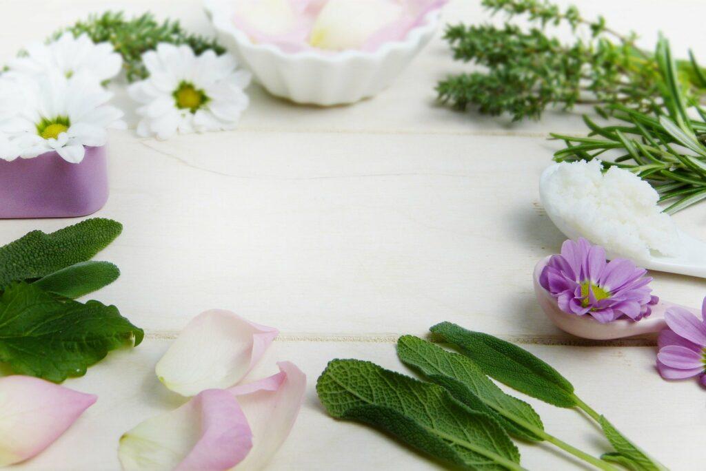 Dlaczego warto postawić na naturalne kosmetyki