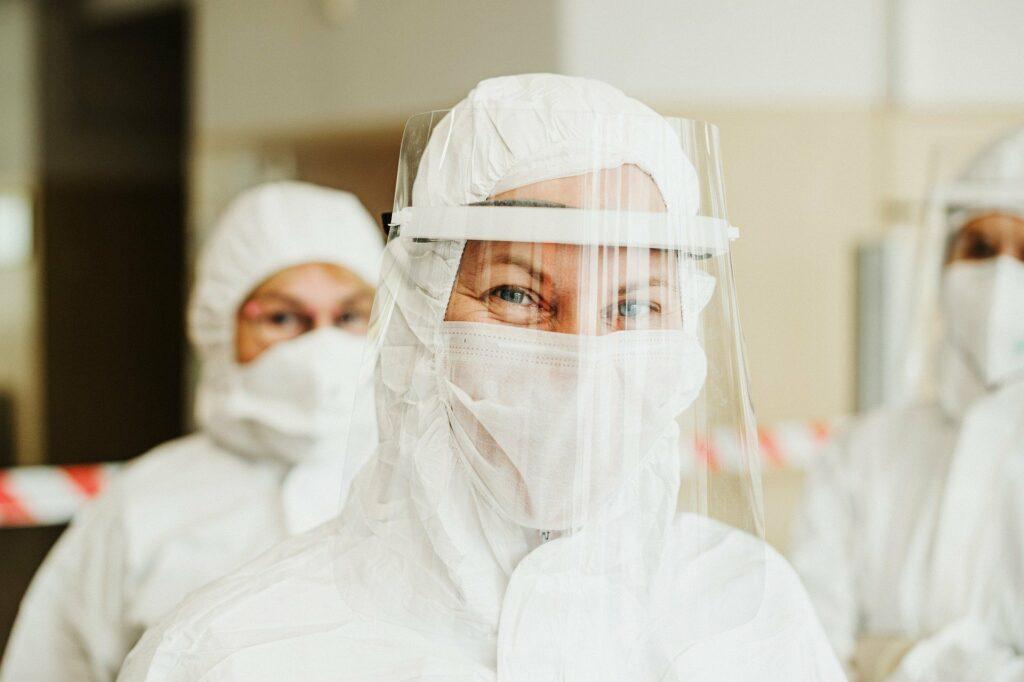 Dlaczego Polacy nie wykonują testów na koronawirusa