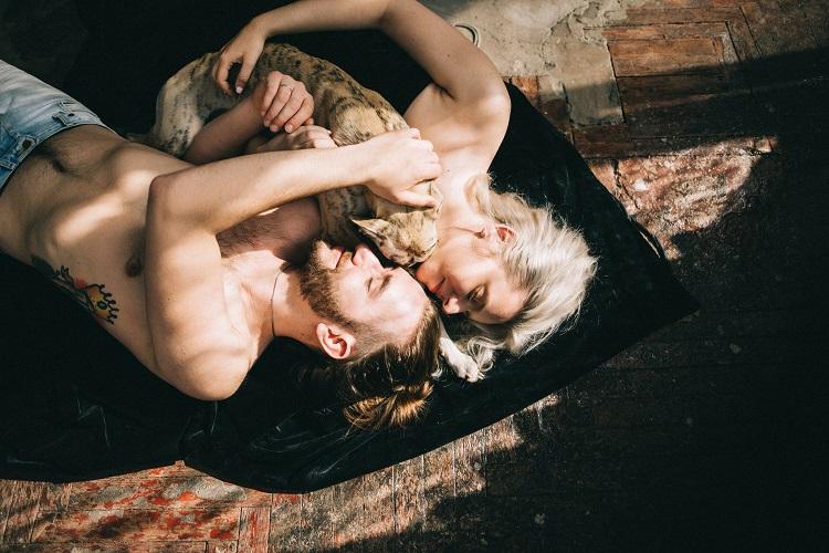 Kolejny mit na temat seksu analnego. Współżycie analne nie grozi ciążą i HIV