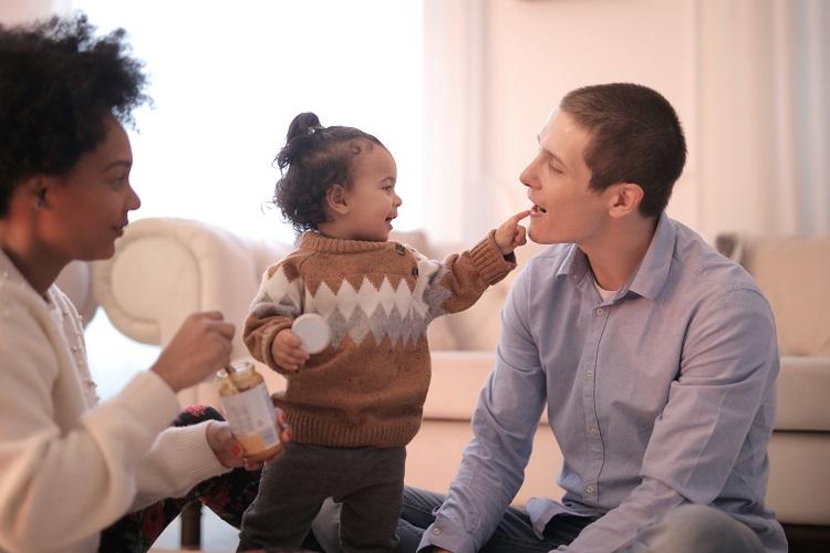 Stereotypy dotyczące płci. Jak oceniamy dziecko tuż po urodzeniu?
