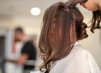Wypadanie włosów a stosowanie suszarki