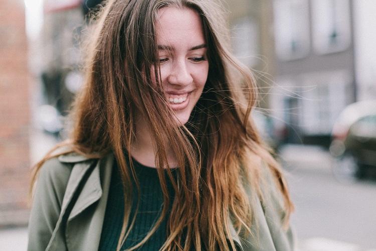 Uśmiech a flirt