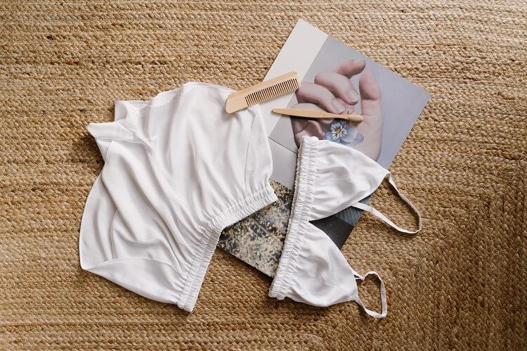 Skład bielizny damskiej