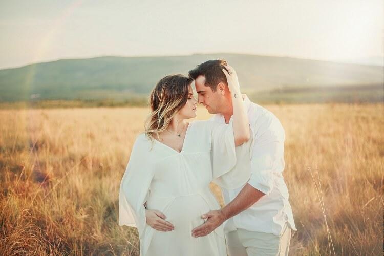 Przewiewne sukienki ciążowe